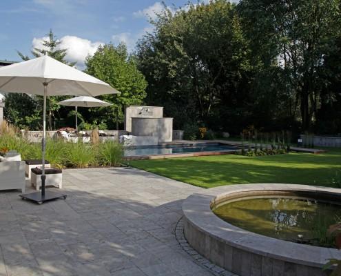 Terrasse- im -Garten