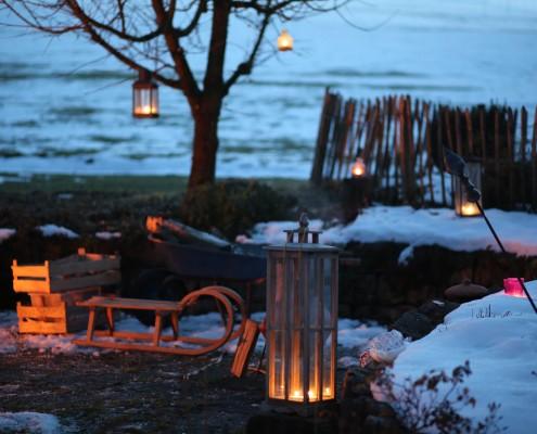 Feuerstelle-im-Garten-Stimmung